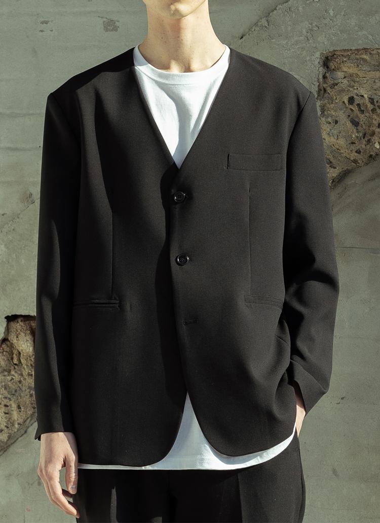 ノーカラーショートジャケット(BLACK)