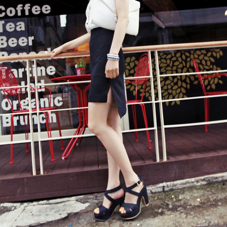 アンバランスカッティングサイドスリット入りシンプルミディアム丈ハイウエストタイトスカート・全3色