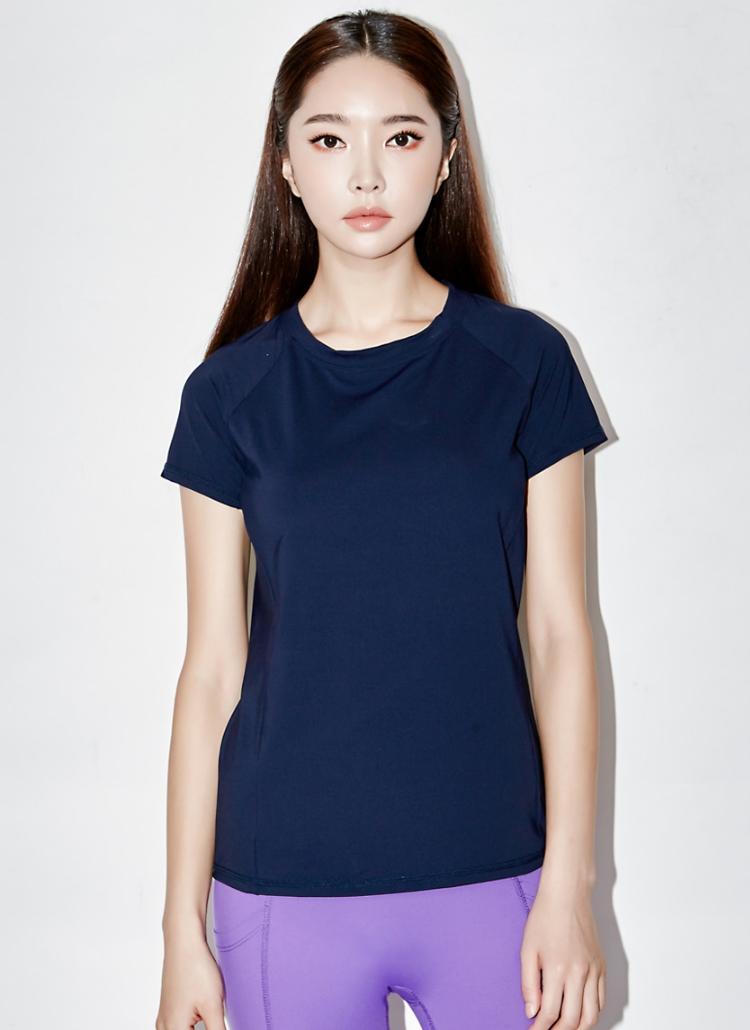 カットアウトポイント半袖Tシャツ