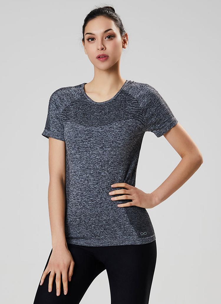カラーポイントTシャツ(ブラック)