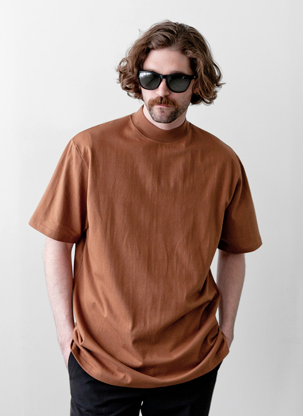 モックネックオーバー半袖Tシャツ
