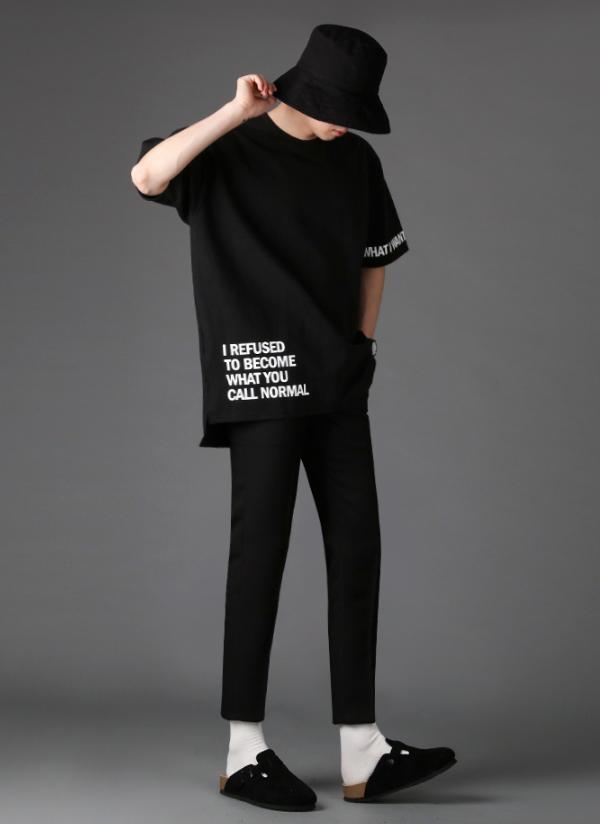 英字レタリングポイントボックスTシャツ