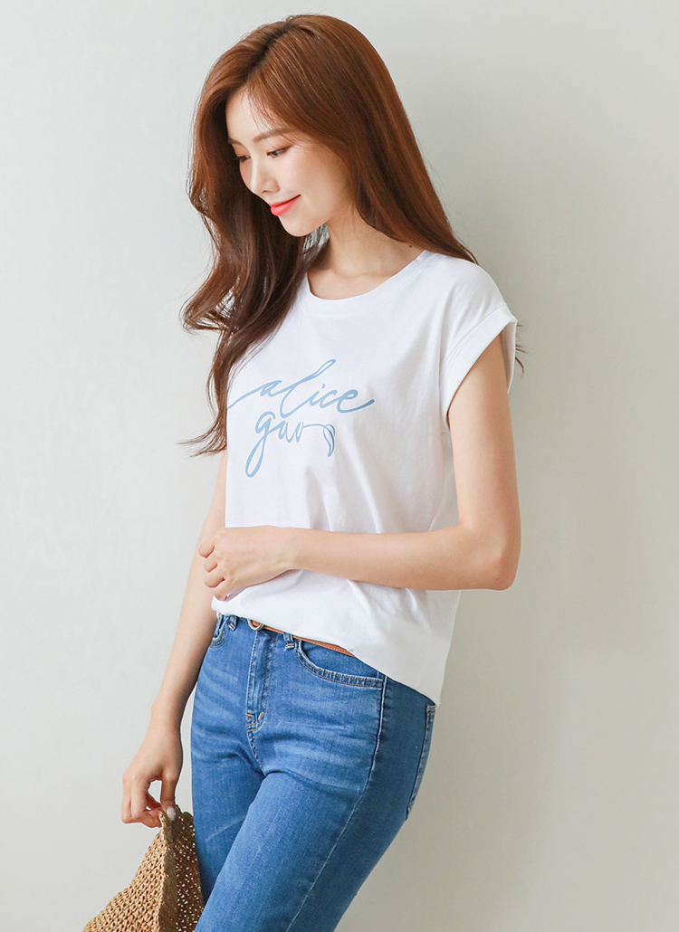 レタリングキャップスリーブTシャツ