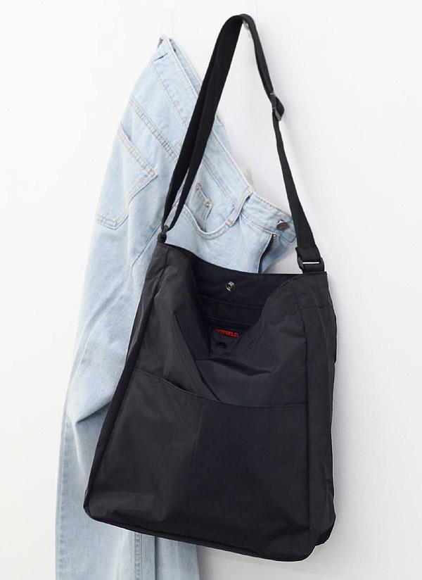 アウトダブルポケットバッグ