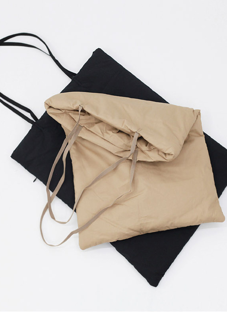 シンプル中綿ショルダーバッグ