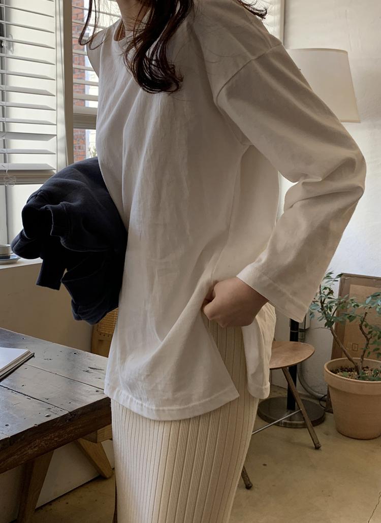 サイドスリット長袖Tシャツ