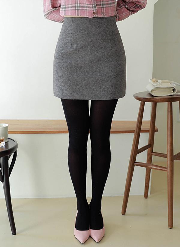 Hラインミニ丈スカート