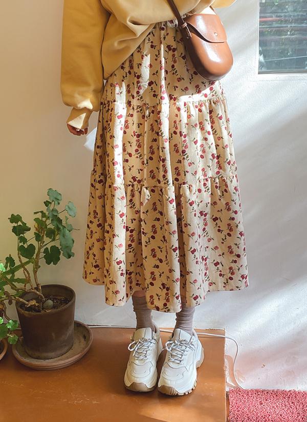 ウエストゴム花柄フレアスカート