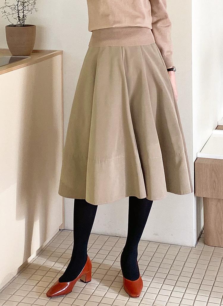 バックゴムフレアスカート・全2色