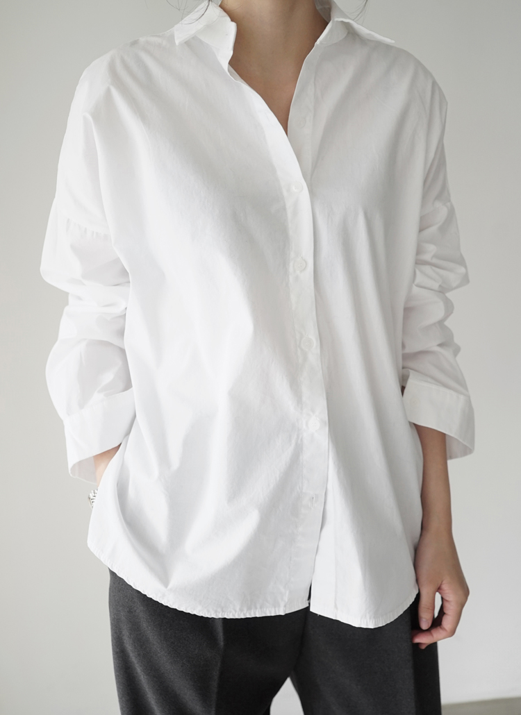 ベーシックホワイトシャツ