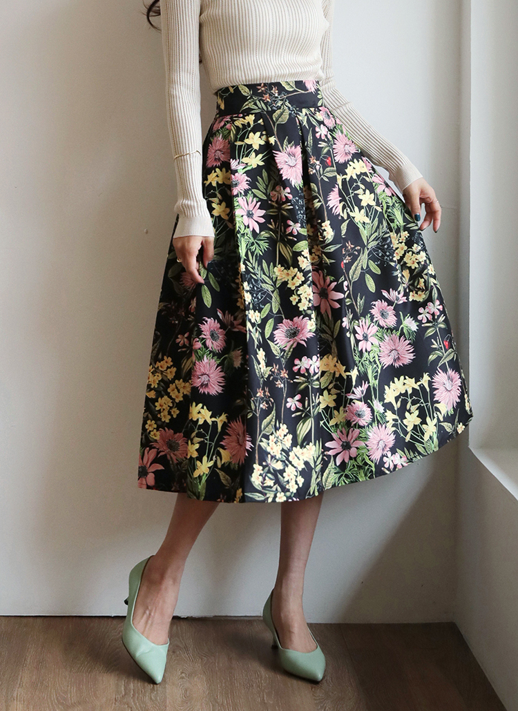 シルキーフローラルスカート・全3色