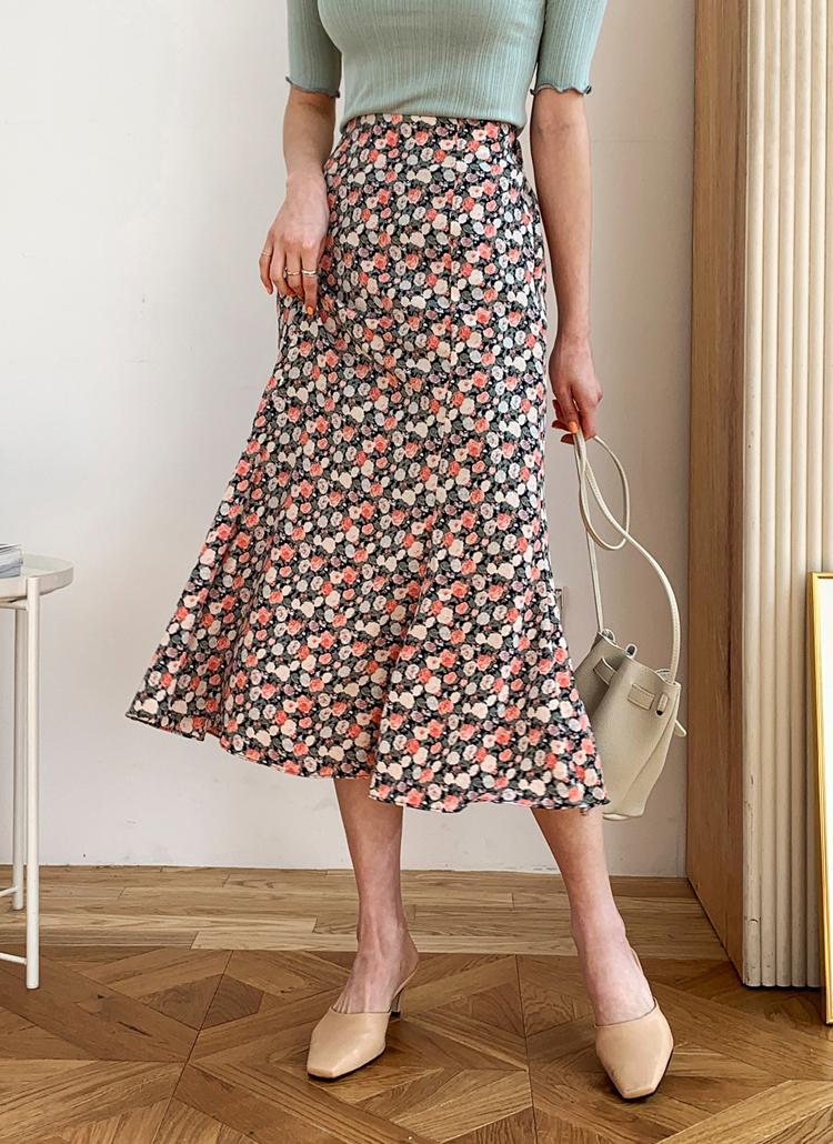 フローラルングスカート・全3色