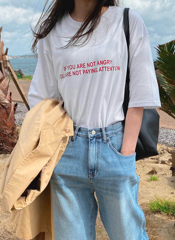 ハーフスリーブレタリングTシャツ
