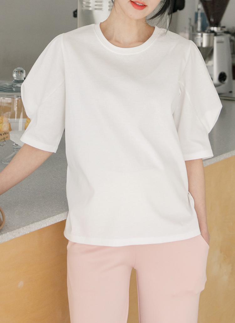 パフスリーブラウンドネックTシャツ