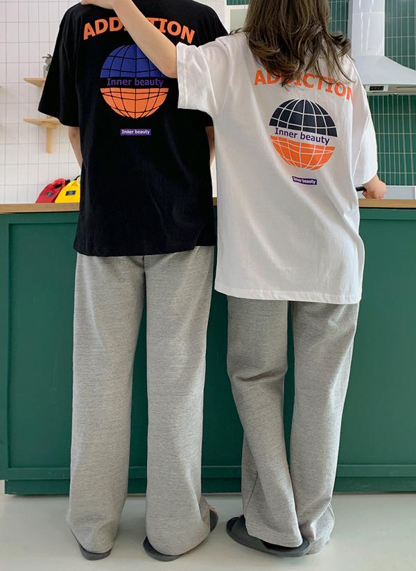 バックプリントユニセックスTシャツ