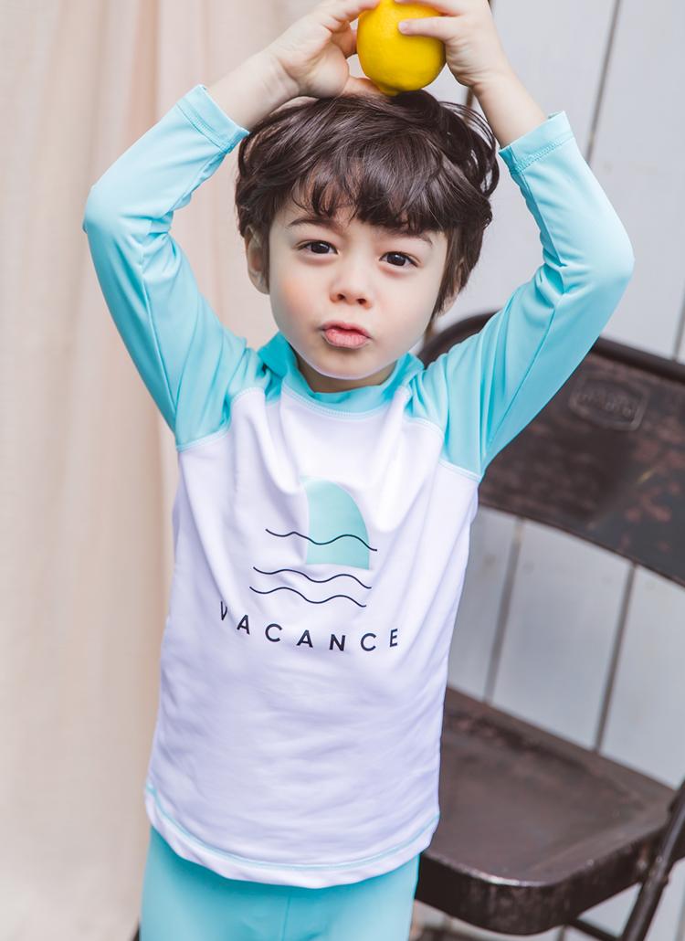 VACANCEラッシュガードTシャツ