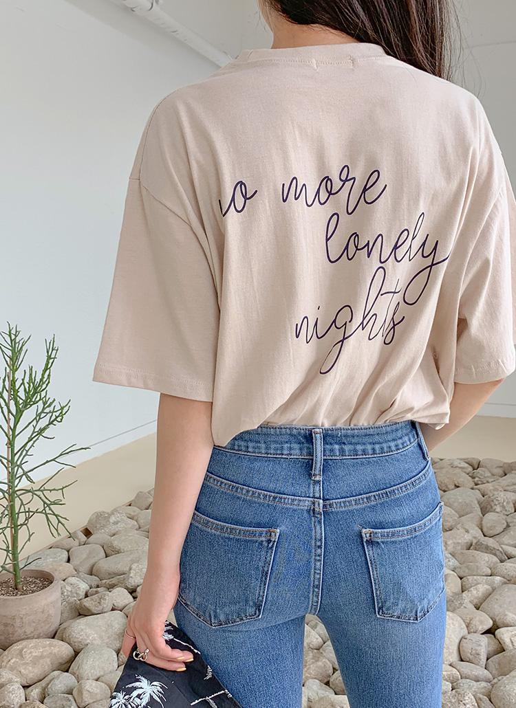 バックレタリングTシャツ