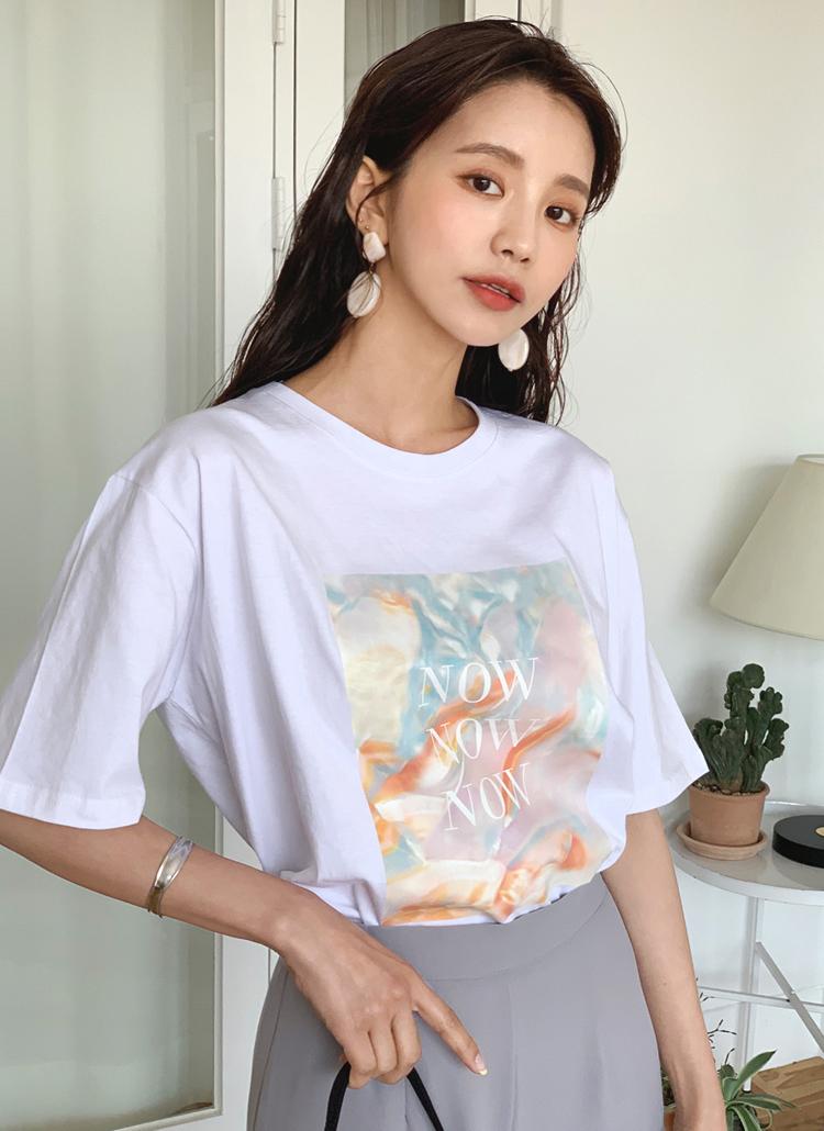 NOWスクエアプリントTシャツ・全3色
