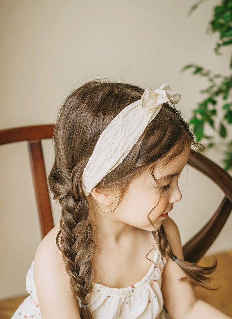 花刺繍リボンヘアバンド