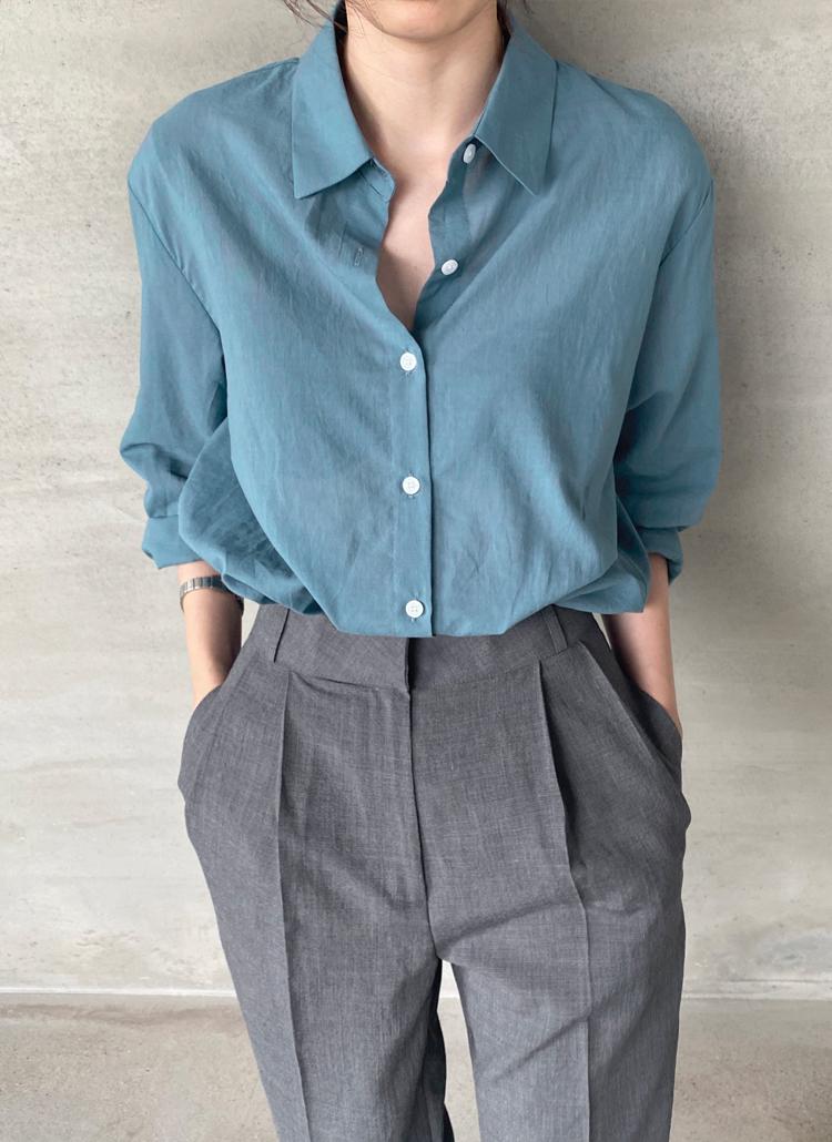 ポケットレスコットンシャツ