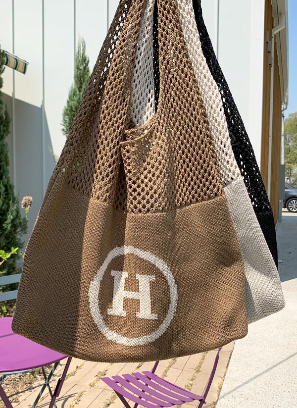 Hサークルロゴパンチングニットバッグ