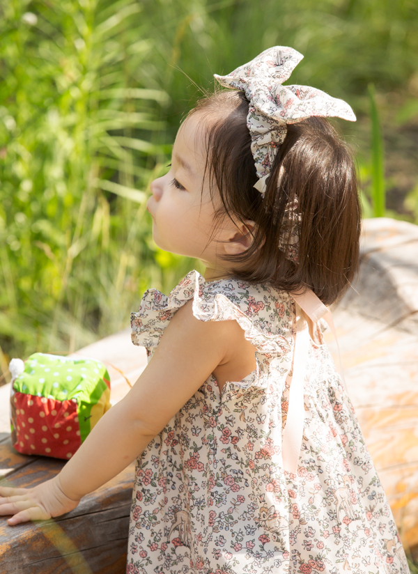 フリルスリーブ花柄リボンワンピース