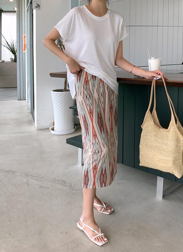 Tシャツ&パターンスカートSET