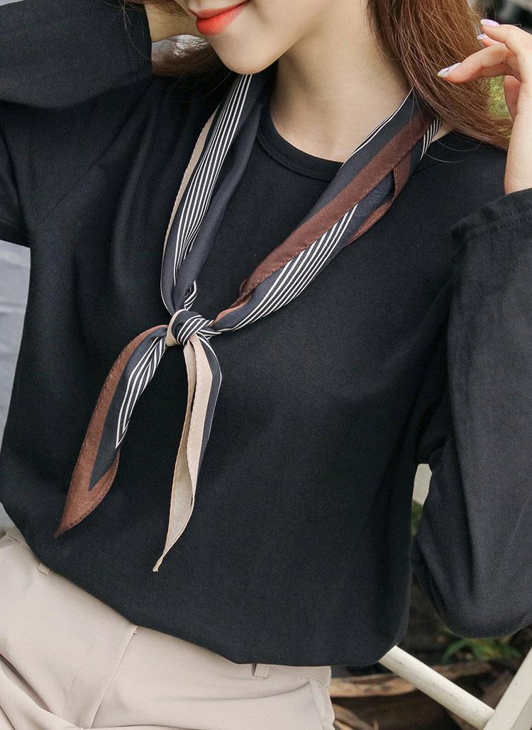 ライン配色ひし形スカーフ