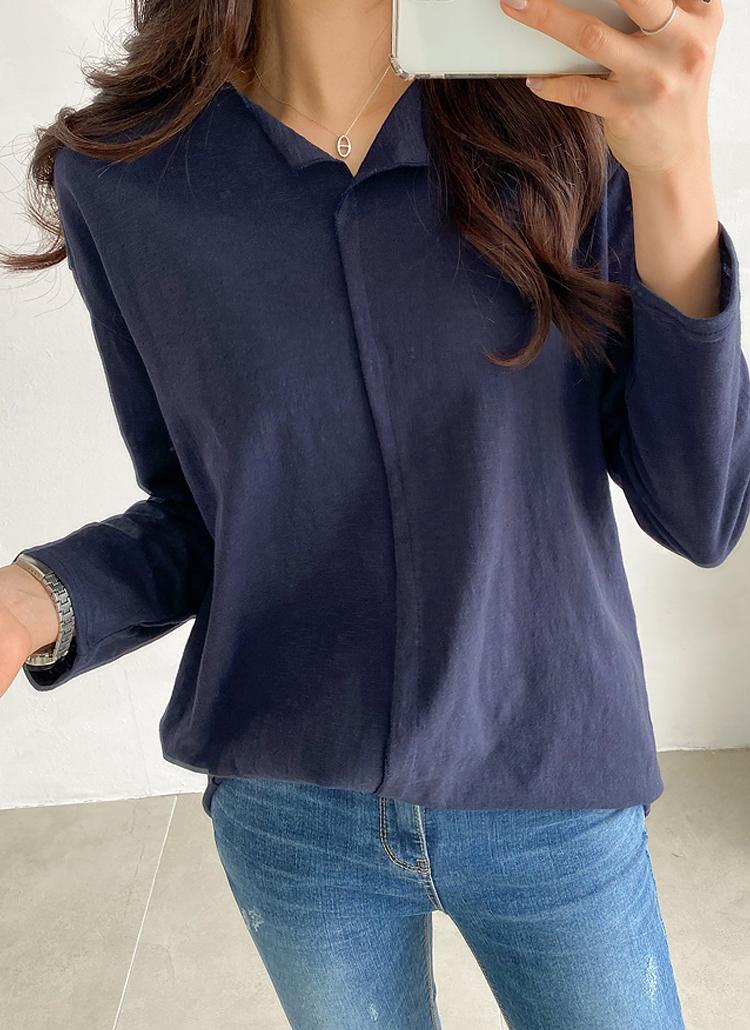 スリットネックTシャツ