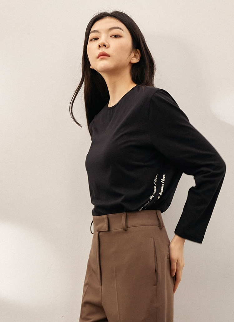 モダール混レタリングTシャツ(ブラック)