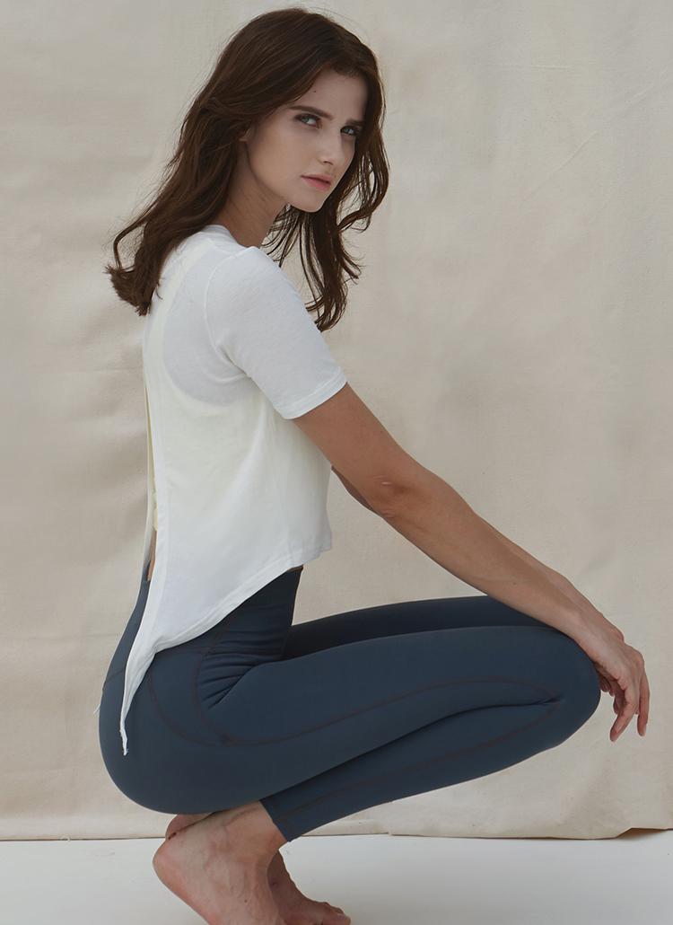 バックリボン半袖Tシャツ(ホワイト)