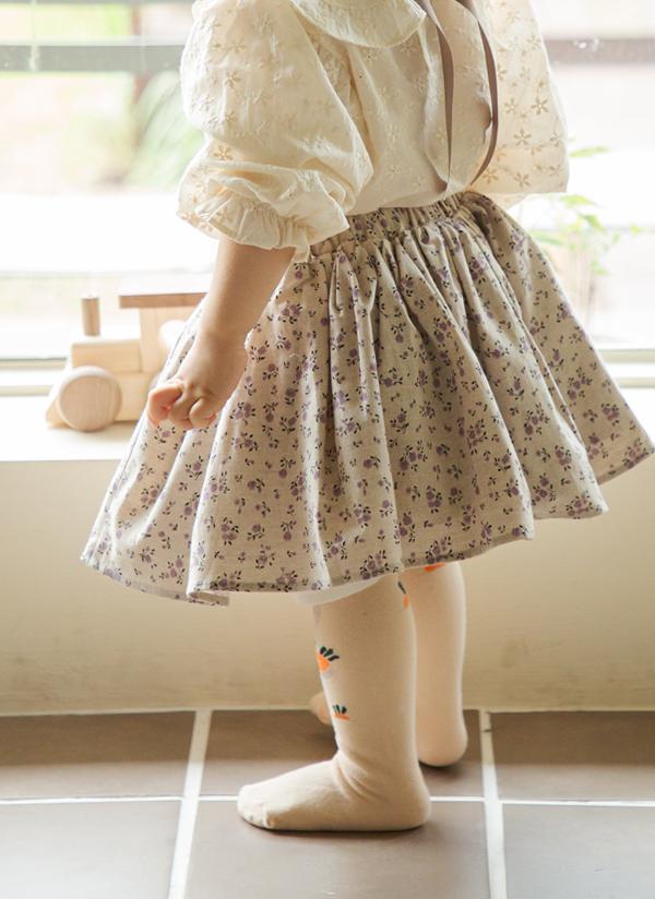 フレア花柄スカート