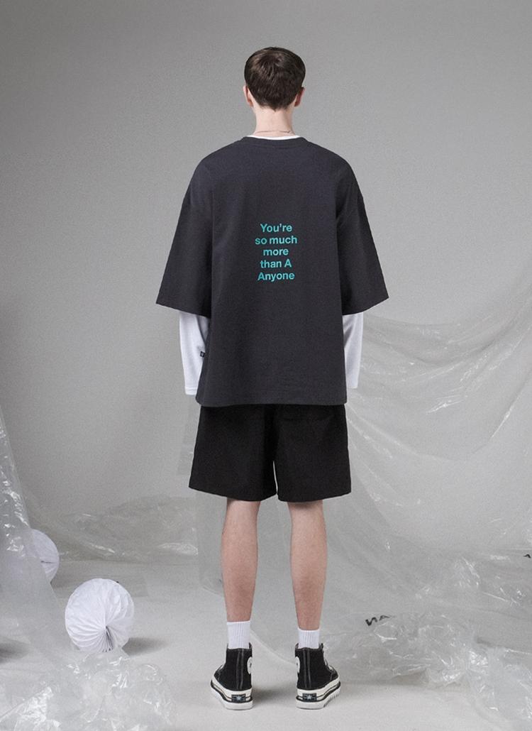 バック配色レタリングTシャツ(CHARCOAL)