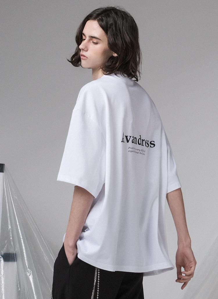 バックシグネチャーレタリングTシャツ(WHITE)