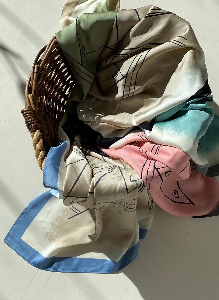 ドローイングパターンスカーフ・全5色