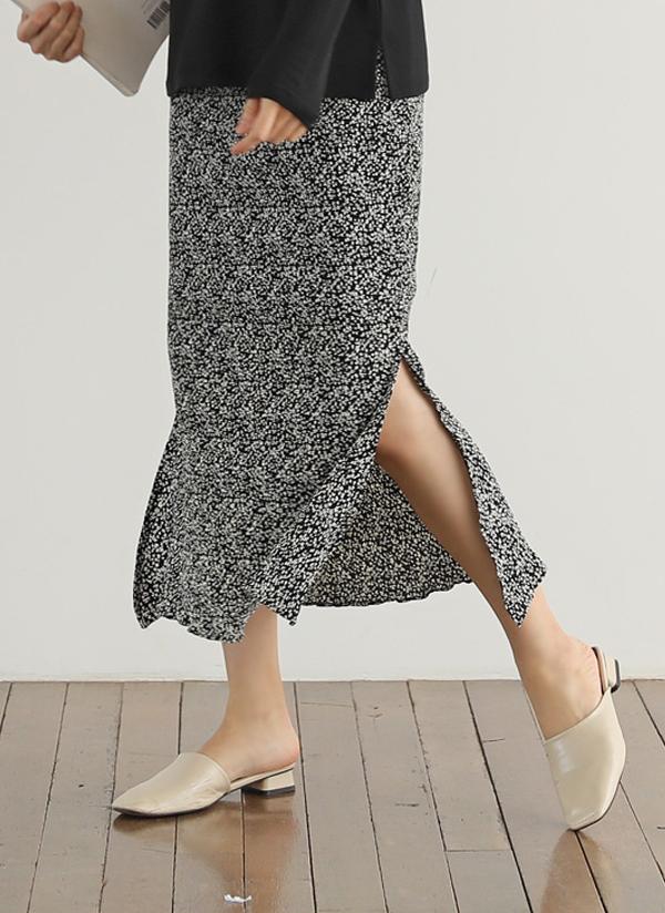 小花柄プリーツスリットスカート
