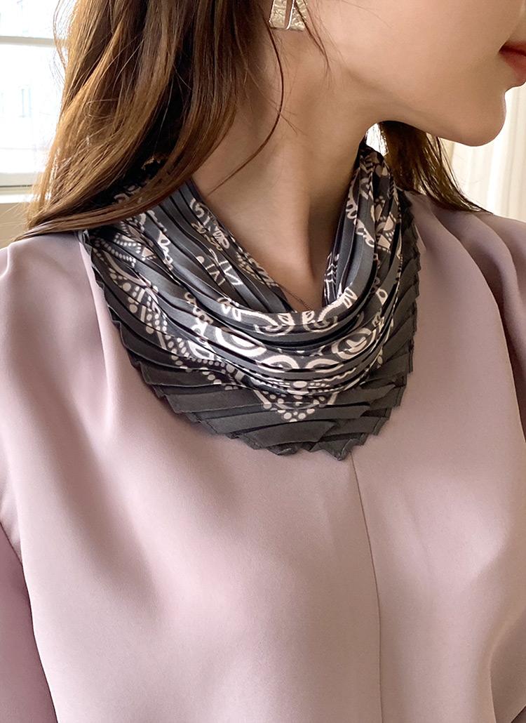 パターンプリーツひし型スカーフ・全5色