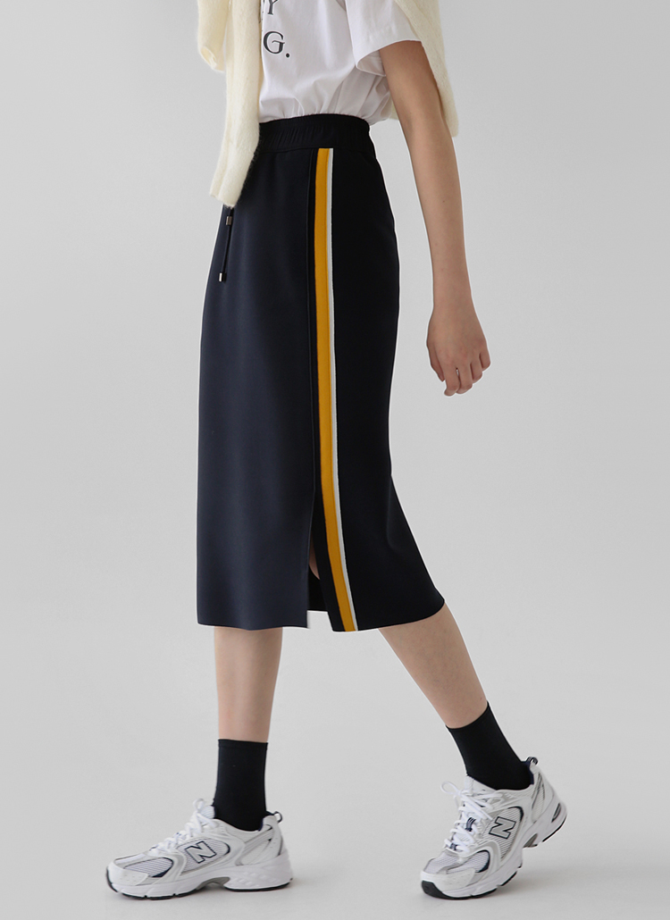 Hラインジャージースカート