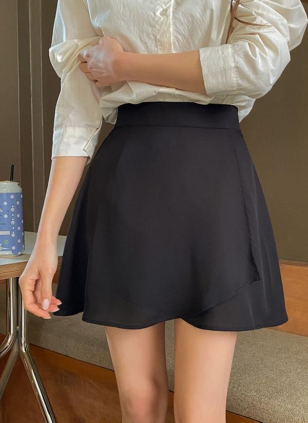 アンバランススカートパンツ