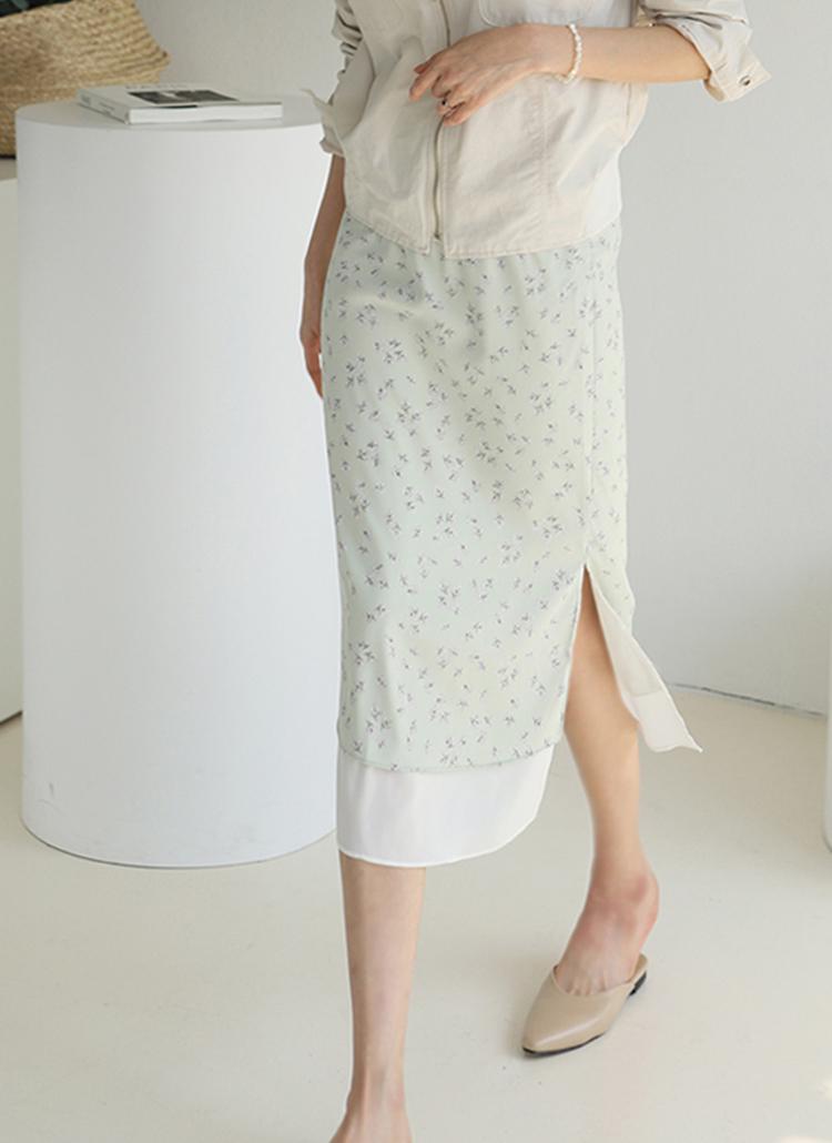 配色ヘムフラワースカート