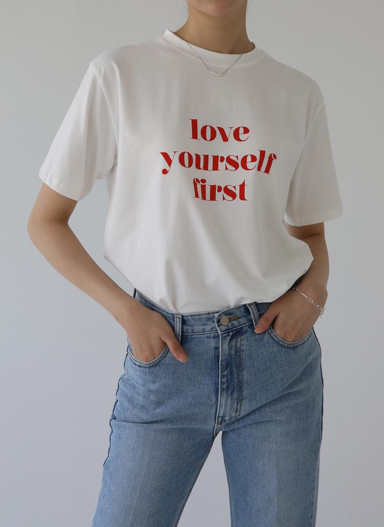 レタリング配色Tシャツ