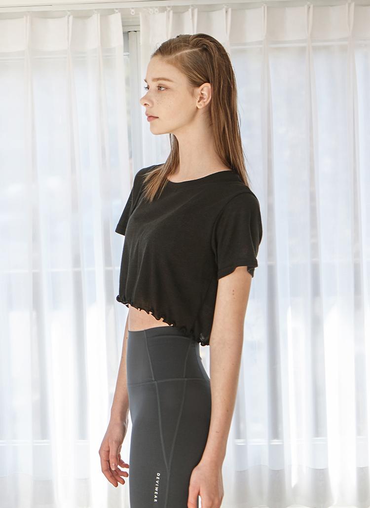 メロウヘムクロップド半袖Tシャツ(ブラック)