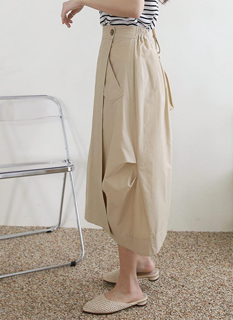 ツーボタンボリュームスカート