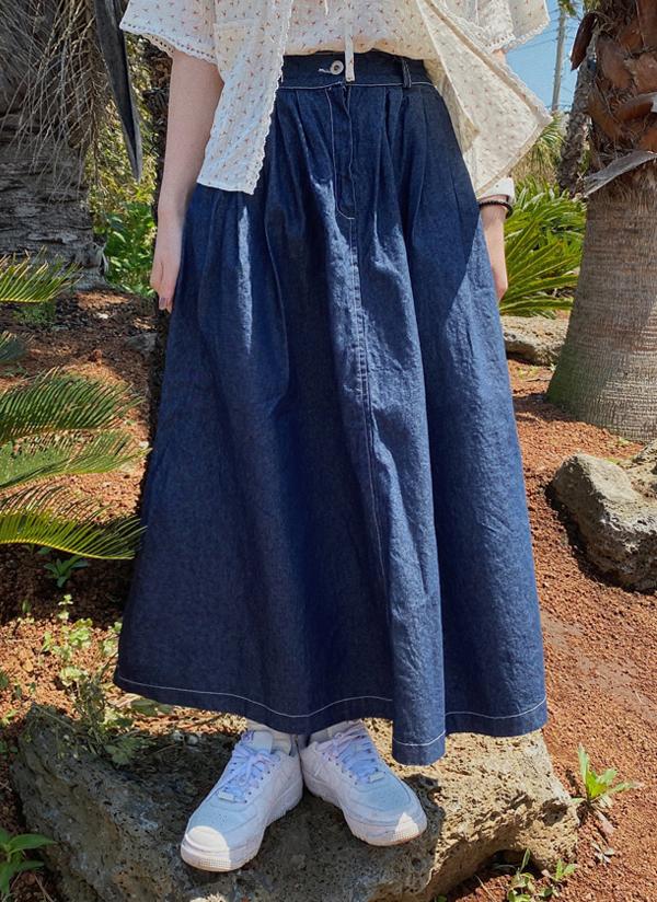 タックステッチロングデニムスカート