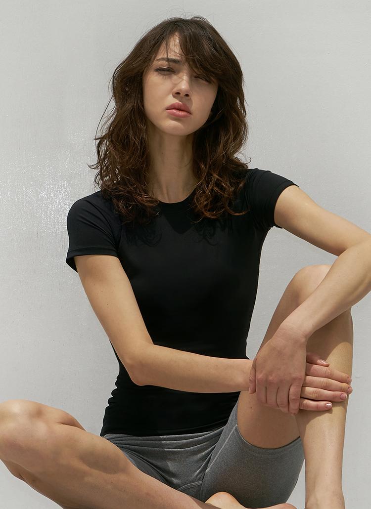 ステッチラグランスリムTシャツ(black)