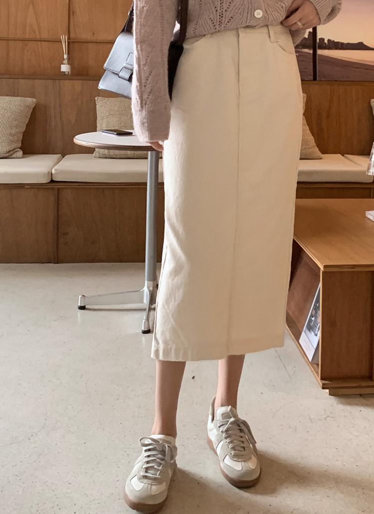 バックスリットHラインスカート