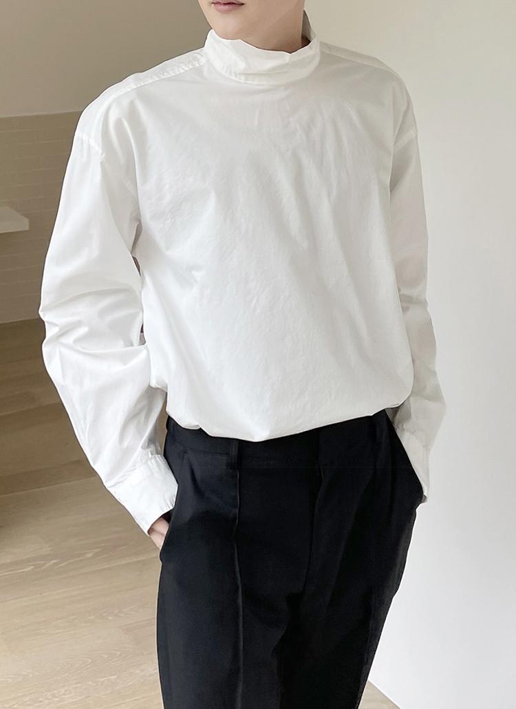 ハイネックバックボタンシャツ