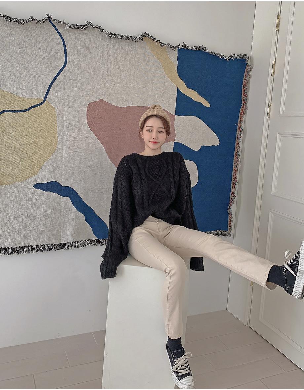 리리앤코 렐포쥬 라운드넥 꽈배기 니트