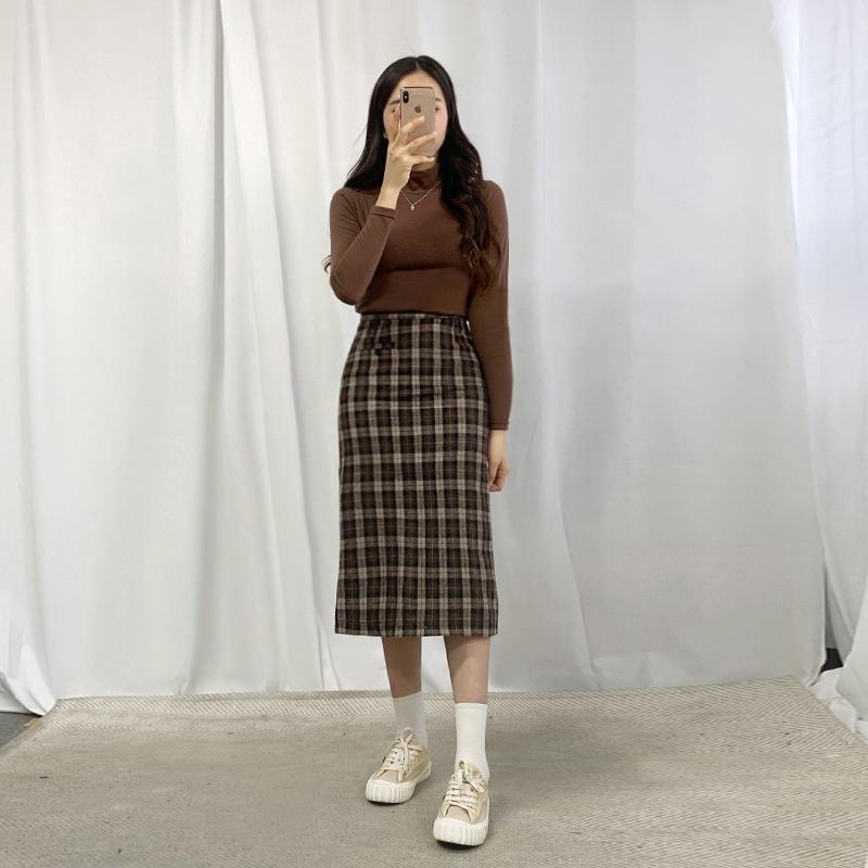 치마 모델 착용 이미지-S1L10