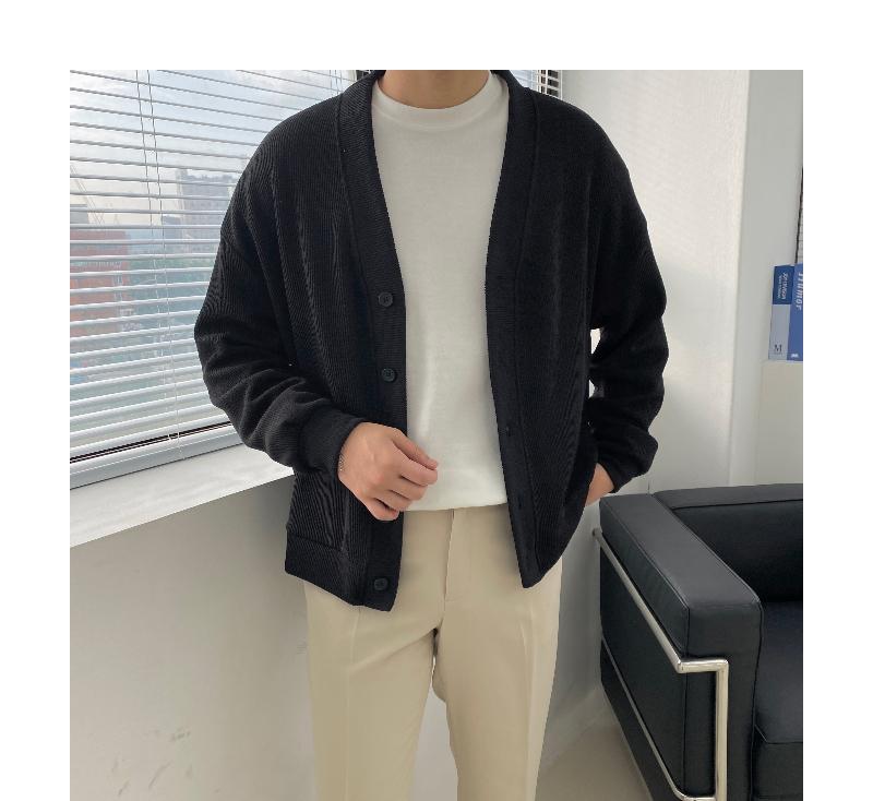 긴팔 티셔츠 모델 착용 이미지-S1L43